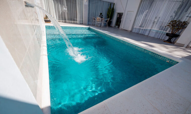 igarape-piscinas-concreto-pastilha-3